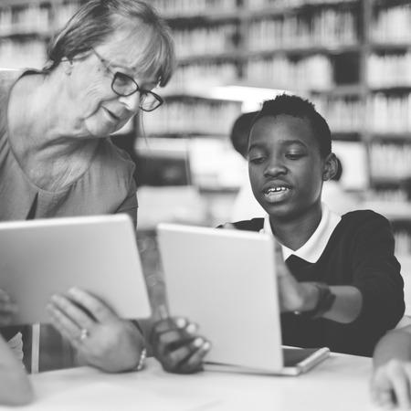 soumis: E-learning Le�on Education Sujet Concept