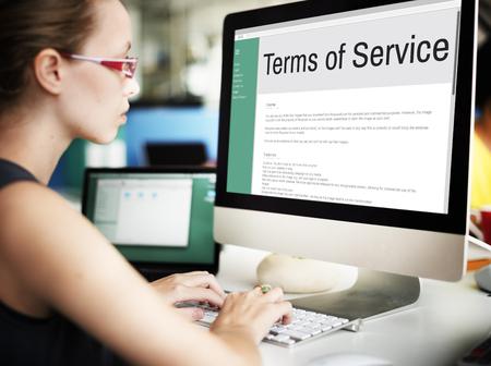 Algemene gebruiksvoorwaarden Voorwaarden Beleidsregel Verordening Concept Stockfoto