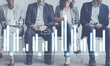 Analytics Berichtsstatus-Informationen Analyse-Chart-Diagramm-Konzept