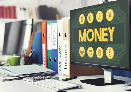 ganancias: Activos de dinero Banca Ganancias de Capital moneda Concepto Foto de archivo