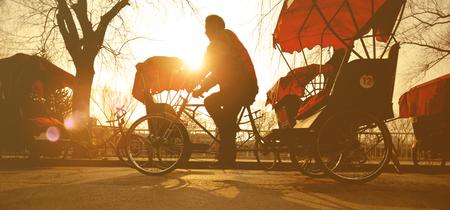 rikscha: Man Reiten ein Rikscha-China-Konzept