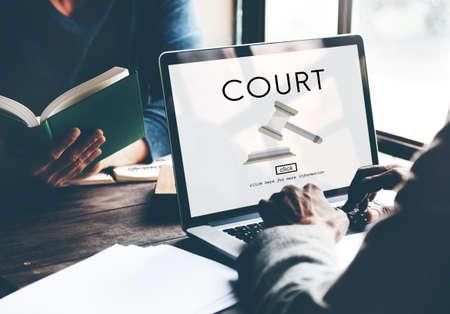 mandato judicial: Corte Autoridad Juez Crimen Derecho concepto de orden legal Foto de archivo
