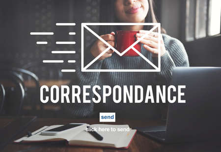 correspondence: Concepto de mensajería en línea correspondencia por correo electrónico de conexión