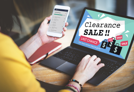 Clearance Sale Promotion Offer Discount Concept Imagens