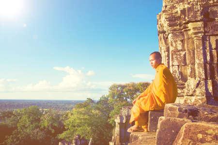 moine: Contemplating Monk in Cambodia Monk Concept