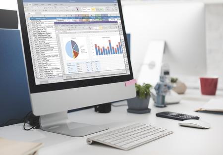 マーケティングの予算レポート ファイル概念スプレッドシート 写真素材