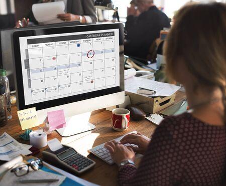 Calendario Planificador de Gestión de organizaciones Recuerde Concept Foto de archivo