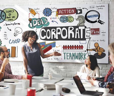 Корпоративный бизнес Запуск Маркетинг Концепция
