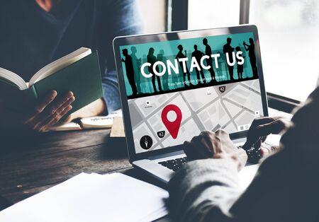 correspondence: Póngase en contacto con nosotros concepto de Asistencia Correspondencia Comercial Foto de archivo