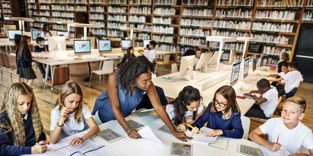 Conceito da tecnologia Tablet Digital Educação Escolar Student Teacher Imagens