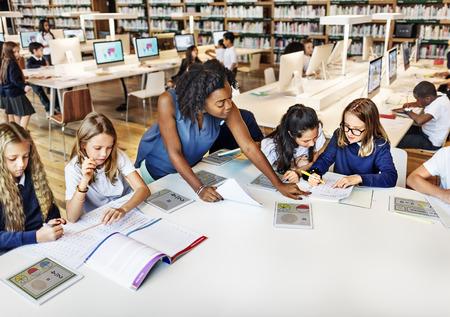 教育学校教師学生デジタル タブレット技術のコンセプト