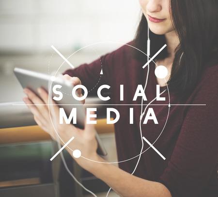 Социальные медиа сети связи Концепция соединения