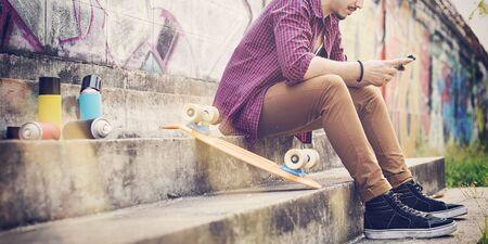 남자 스케이트 보더 라이프 스타일 휴식 힙 스터 개념 스톡 콘텐츠 - 56781016