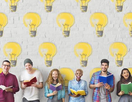 Birne Elektrizität Beleuchtung Idee Lichtkonzept