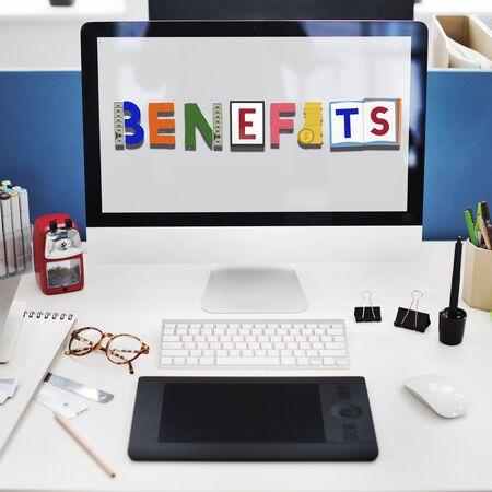 salarios: Beneficios Patrimonio del Advantage Los salarios de experiencia Concept