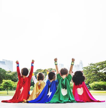 Superhero Crianças Aspiração Imaginação brincalhão Fun Concept Imagens