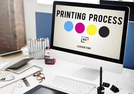 Offsetdruckverfahren Ink Farbindustrie Medienkonzept