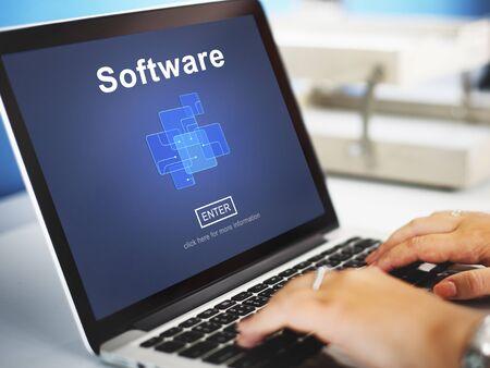 trabajando en computadora: Software Electrónica Digital Concept programas de Internet