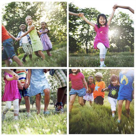 adolescencia: La adolescencia Infancia Diversidad Etnia Amigos Concept