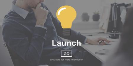 empezar: Launch Start Begin Light Bulb Icon Concept