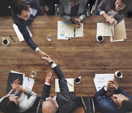 비즈니스 회의 팀 브레인 스토밍 기업의 개념