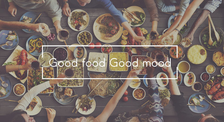 comida rica: Buena comida buen humor Catering Buffet Foodie restaurante Concept Foto de archivo