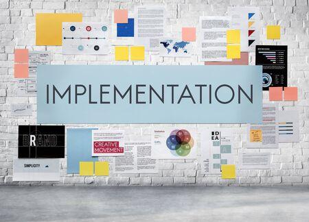 La mise en ?uvre d'exécution Maintenir marketing Concept Banque d'images - 57934856