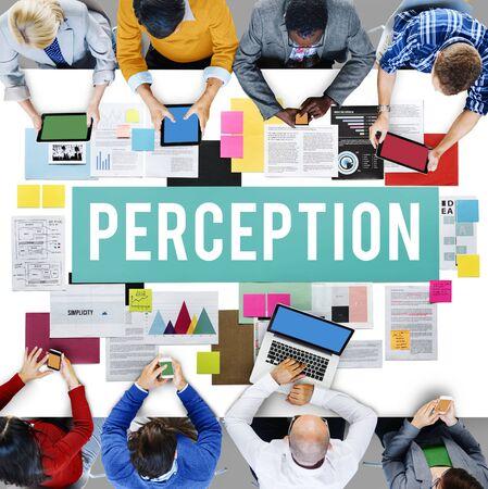 percepción: La percepción de la conciencia Insight Al ver visión del concepto de cerebro Foto de archivo