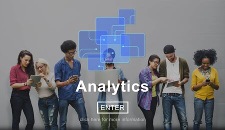 Analytics Datenanalyse Informationen Internet-Konzept