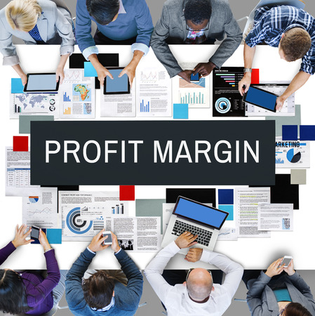 margin: Concepto de presupuesto margen de beneficio de los pagos de ingresos Foto de archivo