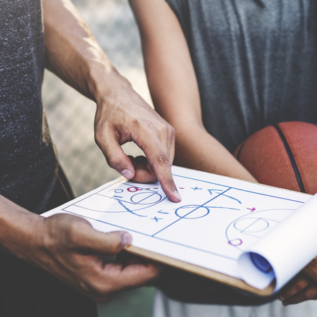 Basketball-Spieler-Sport-Spiel-Plan Taktik-Konzept Standard-Bild