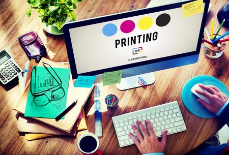 Proceso de impresión offset de tinta de color industria de los medios Concept