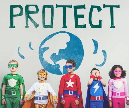 planeta verde: Guardar proteger a la Tierra Naturaleza Planeta Concepto Foto de archivo