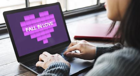 afecto: Amor y afecto concepto gr�fico del coraz�n