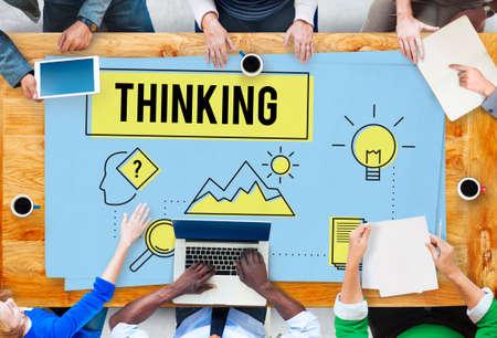 cuadro sinoptico: Lluvia de ideas pensamiento piensa Análisis Ideas Concept