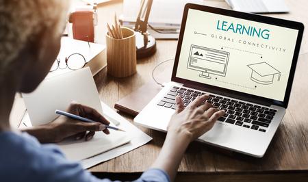 Aprendizaje Global de Tecnología de conectividad concepto gráfico