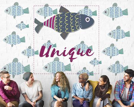 Individualität Einzigartige Verschiedene Fische Grafik-Konzept