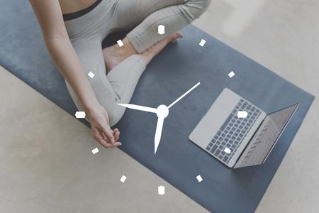 punctual: Hora Minuto de alarma horas Puntual Concepto Planificar