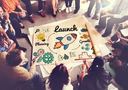 empezar: Lanzamiento Puesta en marcha de Nuevos Negocios Comience Concept