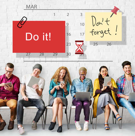 do it: Do It Note Calendar Planner Concept