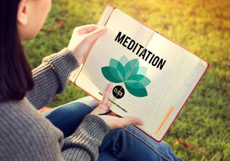 intervening: Meditation Mediate Deal Agreement Concept