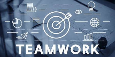 bull's eye: Bulls Eye Goal Mission Icon Teamwork Concept