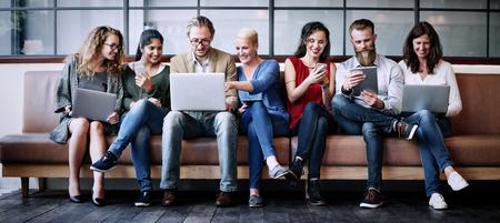 Médias sociaux en ligne Connect Technology Concept sans fil Banque d'images - 59285924