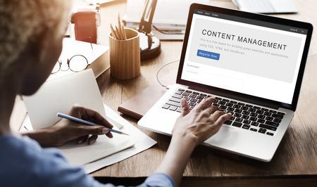 Content Management System Strategy Web Concept Imagens - 61639771