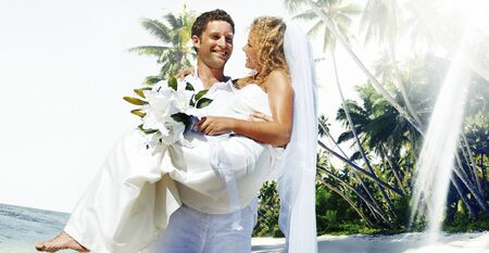 mate married: Couple Beach Wedding Happiness Concept