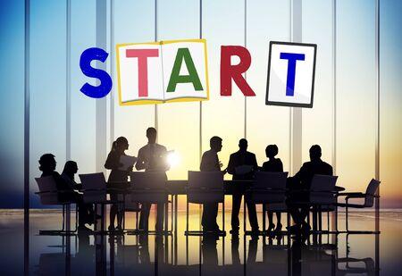 empezar: Comenzar a comenzar abran motivaci�n Listo Concept