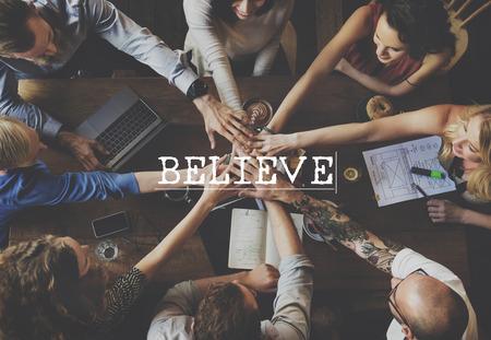 creer: Cree la esperanza inspiraci�n Religi�n Culto Concepto