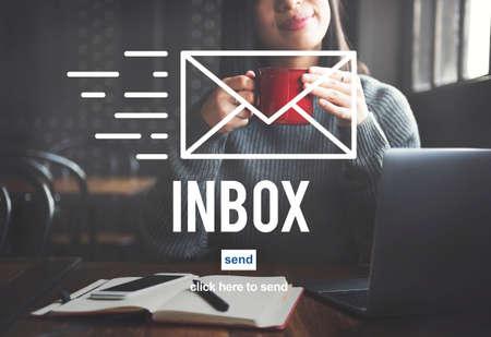 correspondencia: E-mail Correspondence Envelpoe Message Inbox Concept