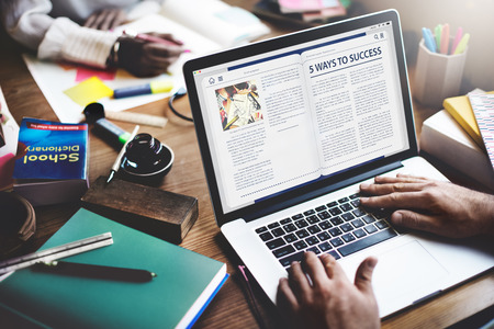 Website Homepage Online Internet artikel Concept