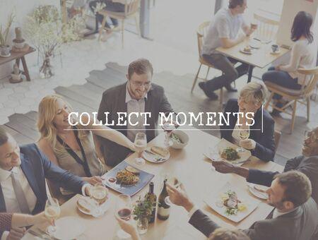 recoger: Recoger capturar momentos no cosas concepto de la experiencia Foto de archivo